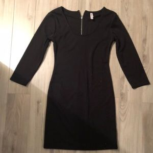 Black shift dress- great condition